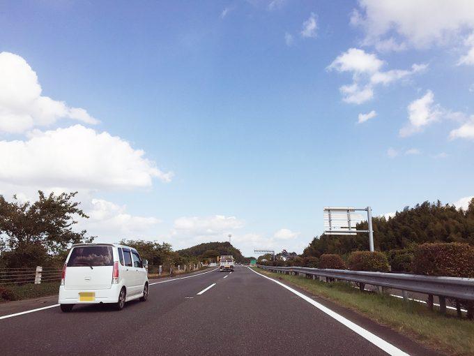 熊本へ向かう高速道路