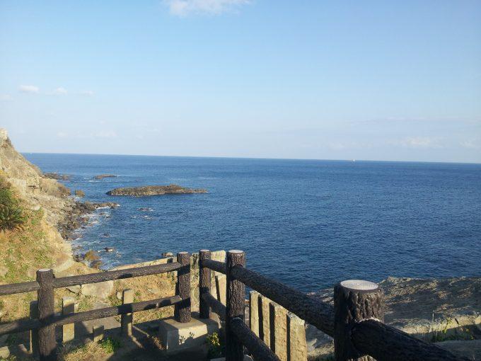御崎神社から見える海