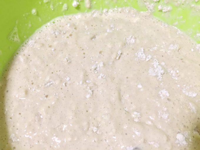 卵と牛乳と九州パンケーキの粉を混ぜた状態