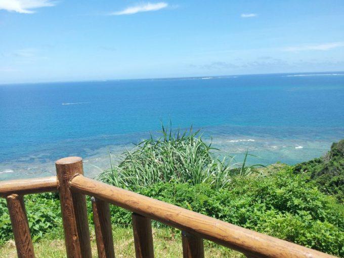 知念岬からの眺め