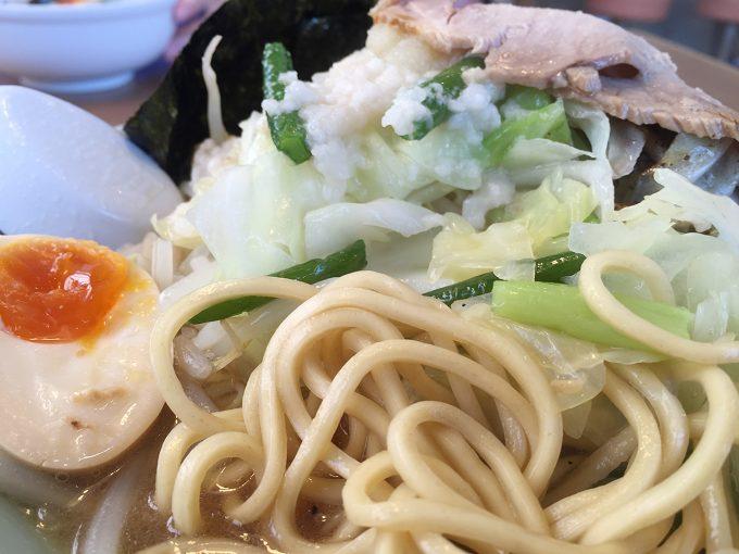 サンマージャンメンの麺