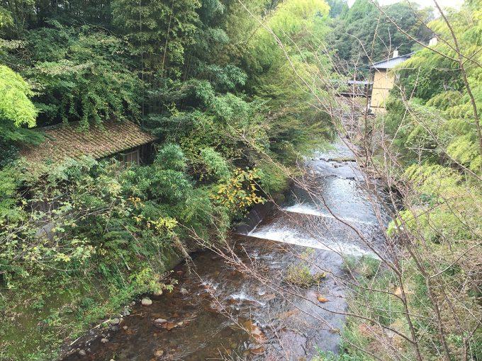 黒川温泉を流れる川