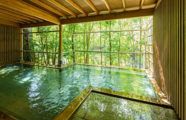 湯峡の響き優彩の露天風呂