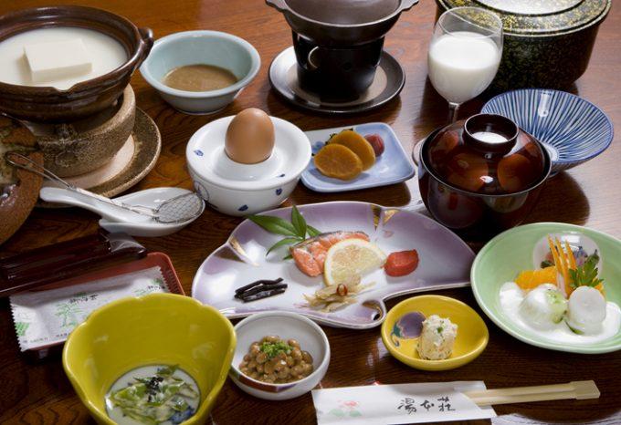 湯本荘の朝食