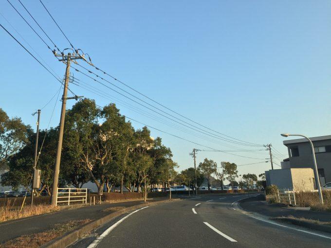 南郷ハートフルセンターへの道路