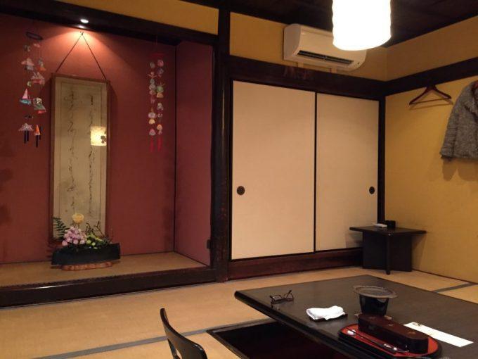 わらしべの畳敷きの部屋