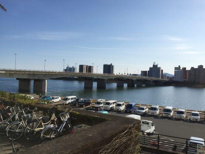 宮崎市役所の裏からの眺め