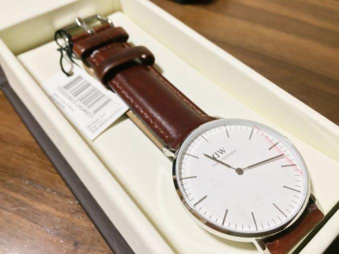 ダニエルウェリントンの腕時計本体