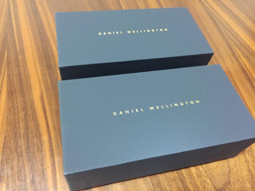 外箱を外したダニエルウェリントンの腕時計ケース