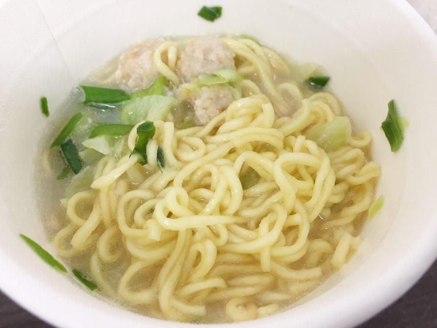 和ラー博多水炊きの麺をほぐした状態