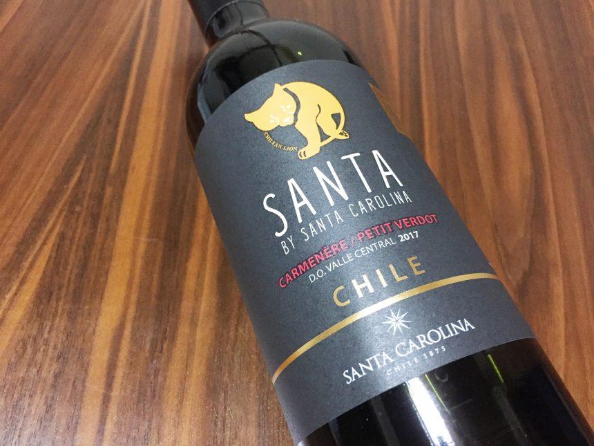 格安チリワインのSANTAのボトル