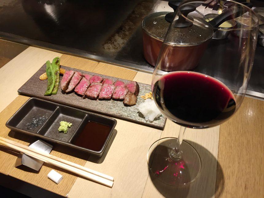 赤ワインと尾崎牛