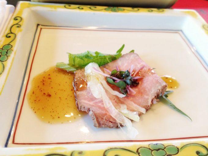 前菜のお肉(ローストビーフ風)