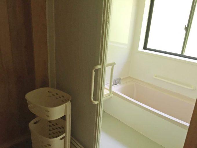 2階のお風呂。1階のよりかコンパクト