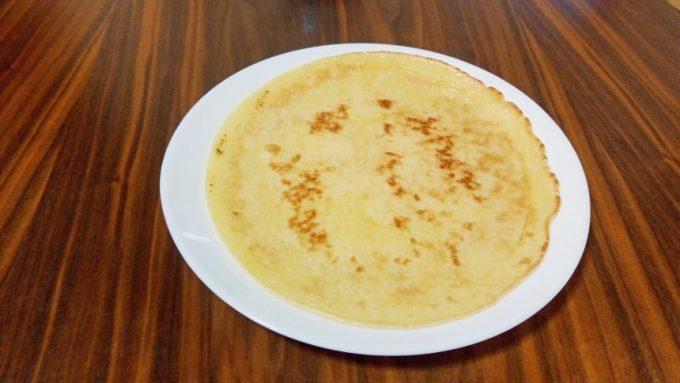 米粉で作ったペラペラのパンケーキ