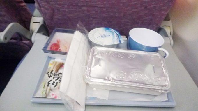 チャイナエアライン(中華航空)の機内食