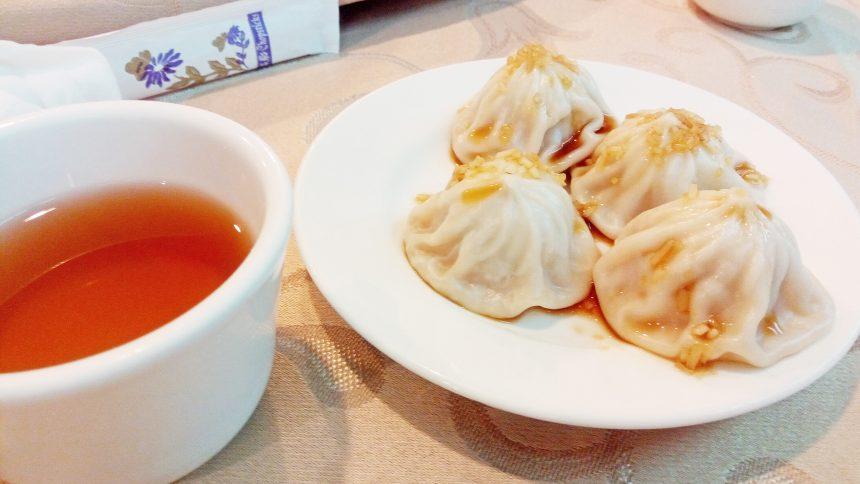 小籠包と台湾茶のアップ