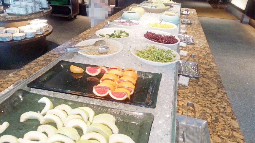 レオフーホテルのビュッフェスタイル朝食